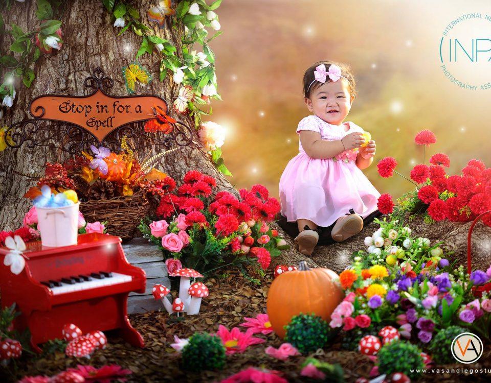 Is it an indoor or outdoor shoot? #VAsandiegostudio #babyphotography #INPA #inte...