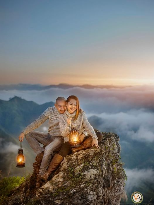 Loving this e-session above the clouds! AR Estabillo Tan Ezza Tan Legaspi heres ...