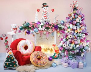 Hoooray! Here is the actual setup for tomorrows christmas mini session by RockaB...