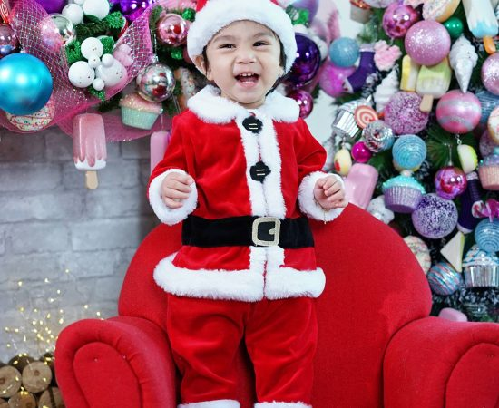 RockaBaby Artcasts Christmas mini session is extended on monday November 19, 201...