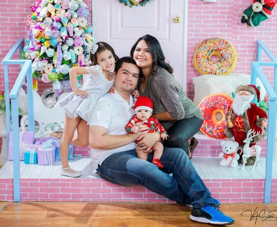 "Dec. 19-22, 2018 Candy land Christmas Porch mini-session for Family <3 ""Famil..."