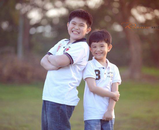 Bacali Family! Fun Outdoor Photoshoot :) #VAsandiegoStudio #familyphotoshoot #ou...
